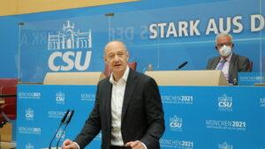 Foto: CSU-Landtagsfraktion - Dr. Roland Busch, Siemens AG, bei seiner Rede